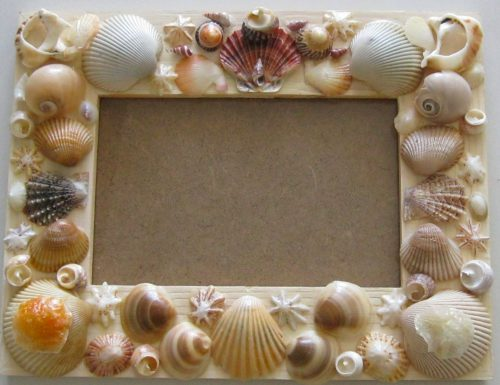 picture frame decorated with sea shells