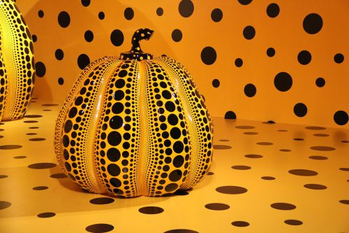 pumpkin sculpture by Yakoi Kusama
